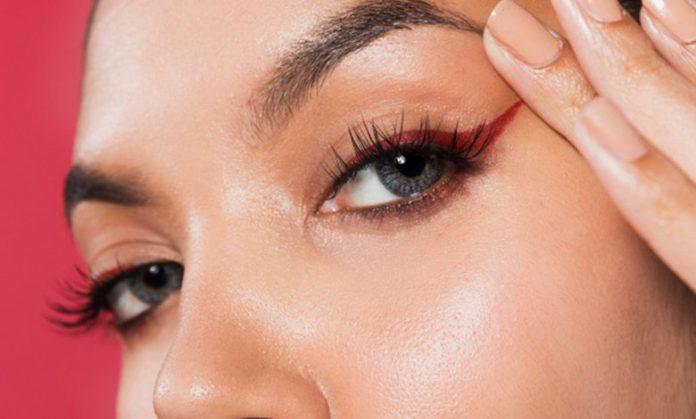 Çekik Göz Makyajı Nasıl Yapılmalı